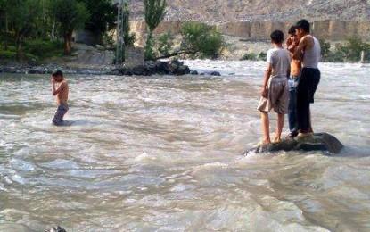 دریاۓ گلگت میں پانی کے بہاو میں اضافہ، احتیاط لازمی ہے