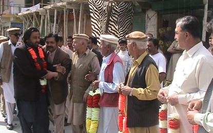 عوامی ایکشن کمیٹی کے دھرنے میں شریک رہنماؤں کا ہنزہ میں شاندار استقبال