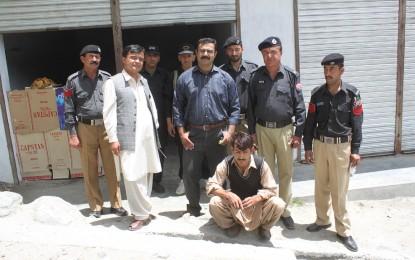 ہنزہ نگر انتظامیہ کی کاروائی، غیر مقامی منشیات فروش رنگے ہاتھوں گرفتار