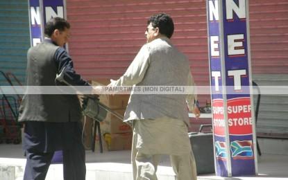 تصویری رپورٹ: گلگت شہر میں ایک مشکوک سوٹ کیس کی کہانی