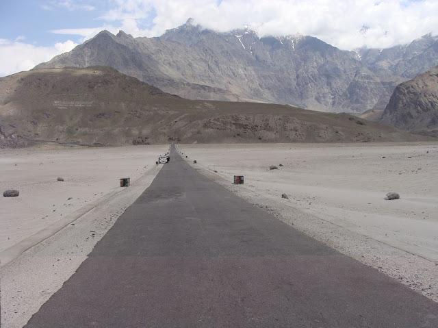 برالدو شگر میں غذائی قلت کا خدشہ، شاہراہ کے ٹو دو ہفتوں سے بند