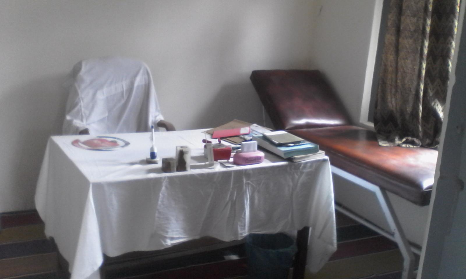 کریم آباد، خواتین کے لیے قائم ہسپتال میں سات مہینوں سے لیڈی ڈاکٹر تعیںات نہ ہوسکی