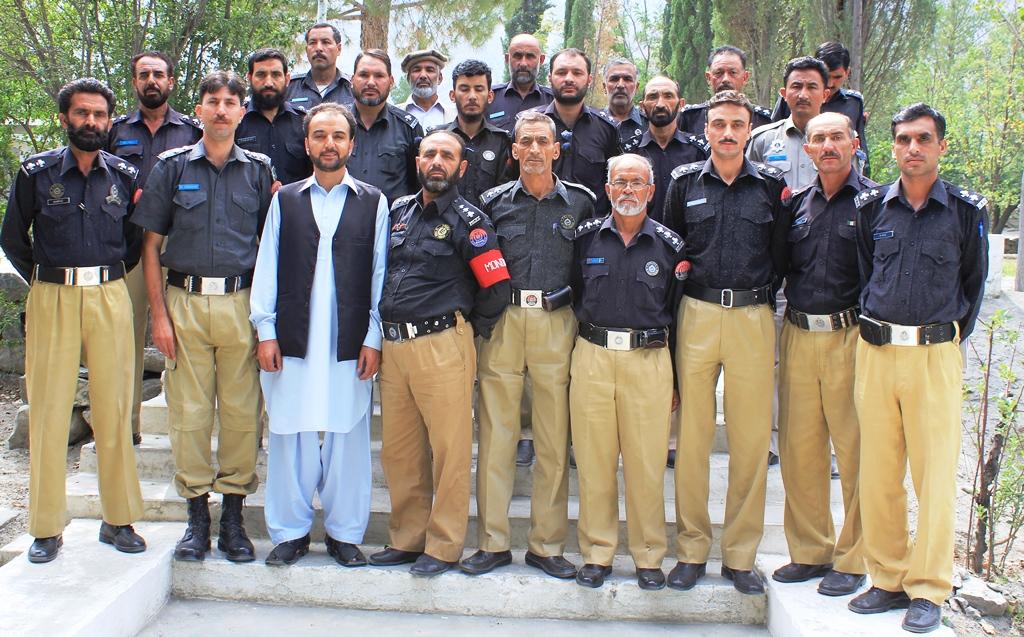 کمینوٹی پولیسنگ کے ذریعے گلگت بلتستان میں جرائم کی بیخ کنی کی جاسکتی ہے، اشتیاق احمد یاد