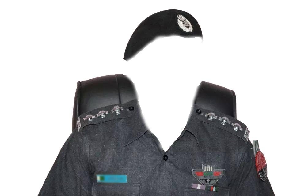نمائشی ترقیاں منسوخ، شولڈر پروموشن پانے والے پولیس جوانوں کے فیتے اور ستارے اترنے لگے