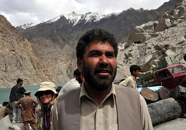 مرزا حسین عبدل حمید کے خلاف بیان دے کر اپنی نوکری پکی کر رہا ہے، بی این ایف کا بیان