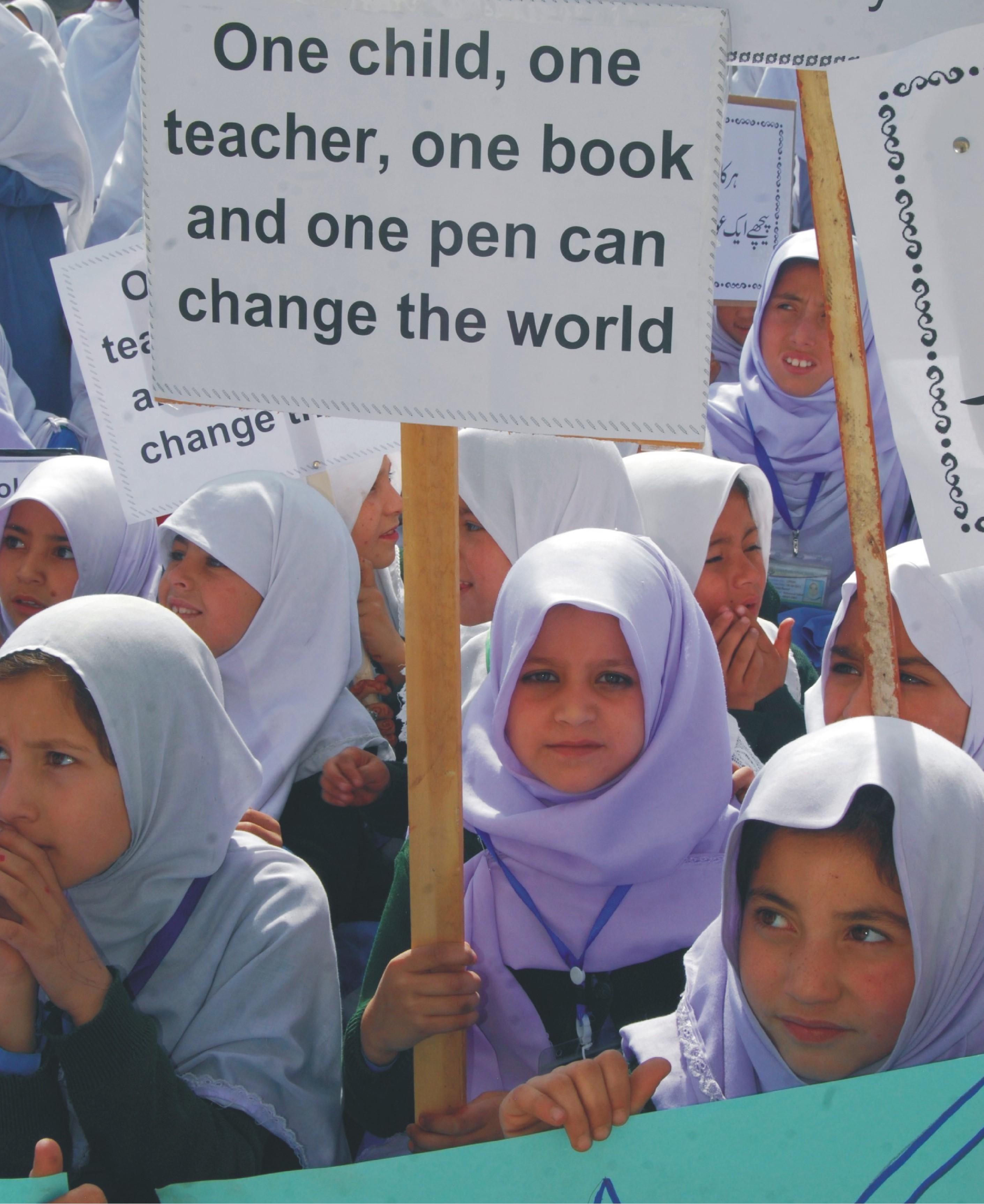 سکردو: بچیوں کا عالمی دن کی مناسبت سے ریلی