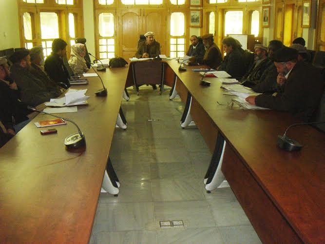 چترال: ڈسٹرکٹ ڈیڈکشن اکاؤنٹس کمیٹی کا اجلاس، سرکاری اداروں کی کارکردگی پر عدم اطمینان کا اظہار