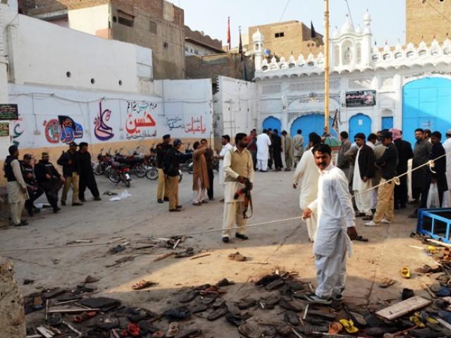 سانحہ شکار پور کی سخت مذمت کرتے ہیں، دہشتگرد قوم کا حوصلہ پست نہیں کر سکتے: عنایت شمالی