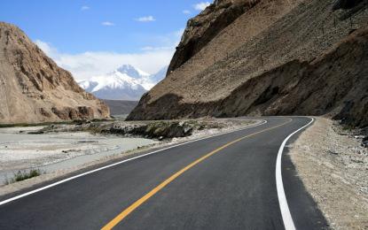 نگر : شاہراہ قراقرم توسیعی منصوبے کے متاثرین دس سالوں سے معاوضوں سے محروم