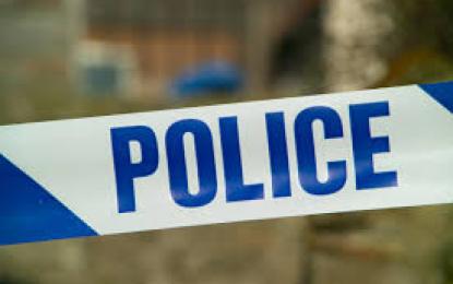 شگر: عملےسے بدتمیزی پر محکمہ برقیات نے دو دوکانداروں کو حوالہ پولیس کردیا