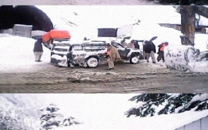 لواری ٹنل میں پھنسے مسافر چترال پہنچ گئے، پاک فوج اور چترال سکاوٹس کی بروقت مدد کو خراج تحسین