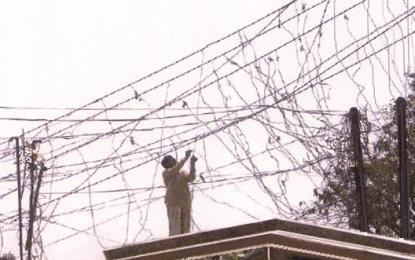 محکمہ برقیات کی دوغلی پالیسی، گلگت کے بعض علاقوں میں سروس لائنز پر فیوز لگا دئیے گئے، باقی آزاد