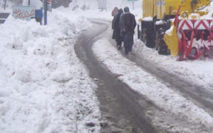 کھرمنگ: شیلا میں شدید برفباری، زمینی رابطہ منقطع ہو گیا ہے