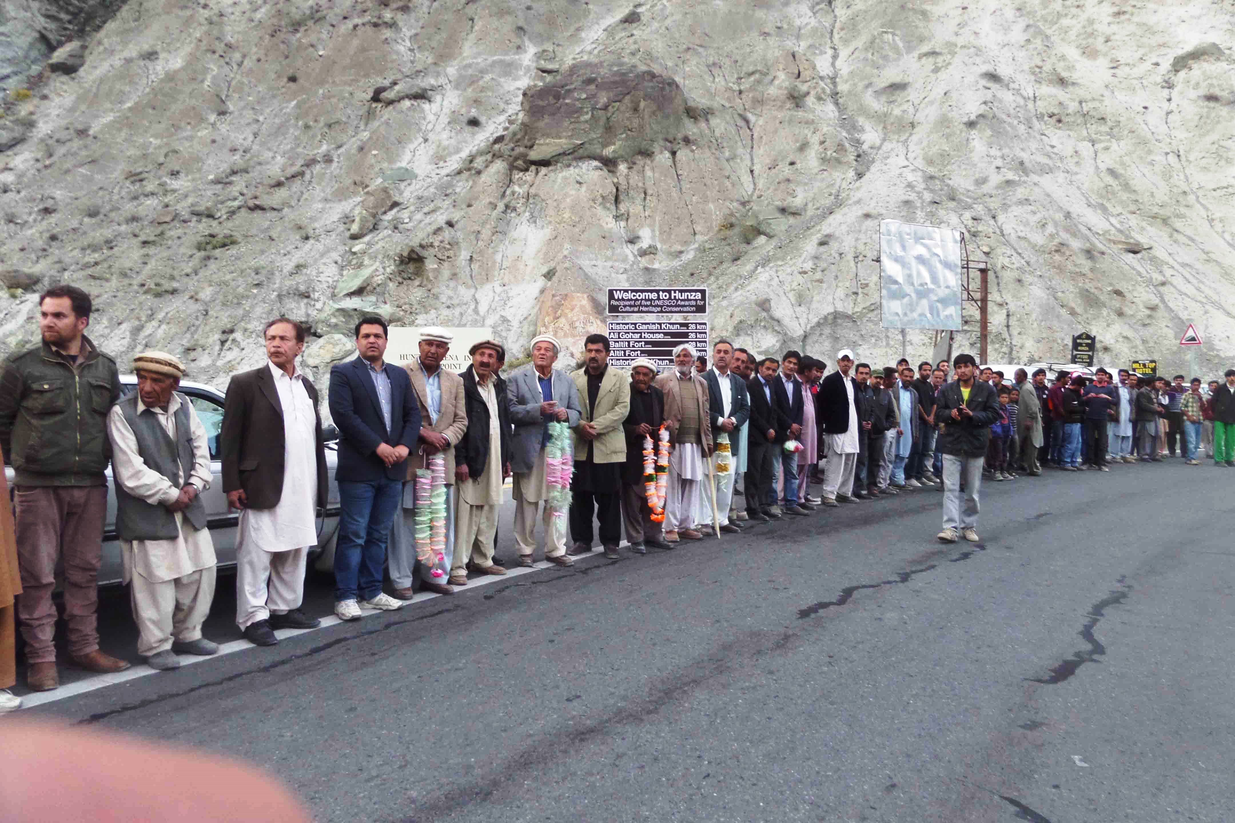 رہائی پانے والے اسیران سانحہ علی آباد کا ہنزہ میں شاندار استقبال