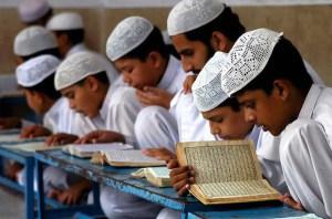 جامعہ نصرۃ الاسلام وجامعہ عائشہ صدیقہ گلگت میں تقریب ختم بخاری ،خماربندی و دستار فضیلت کا اہتمام