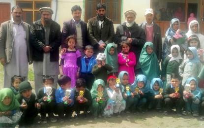 سوشل ویلفیئر مونٹیسوری عیدگاہ میں سالانہ تقسیم اسناد کی تقریب منعقد