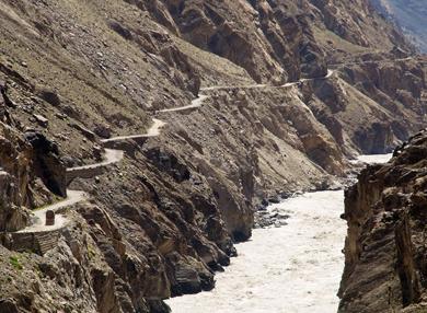 سکردو روڈ کی تعمیر بلتستان کے عوام کے لئے حکومت کا عظیم تحفہ ہے، اقبال حسن، وزیر اطلاعات و منصوبہ بندی