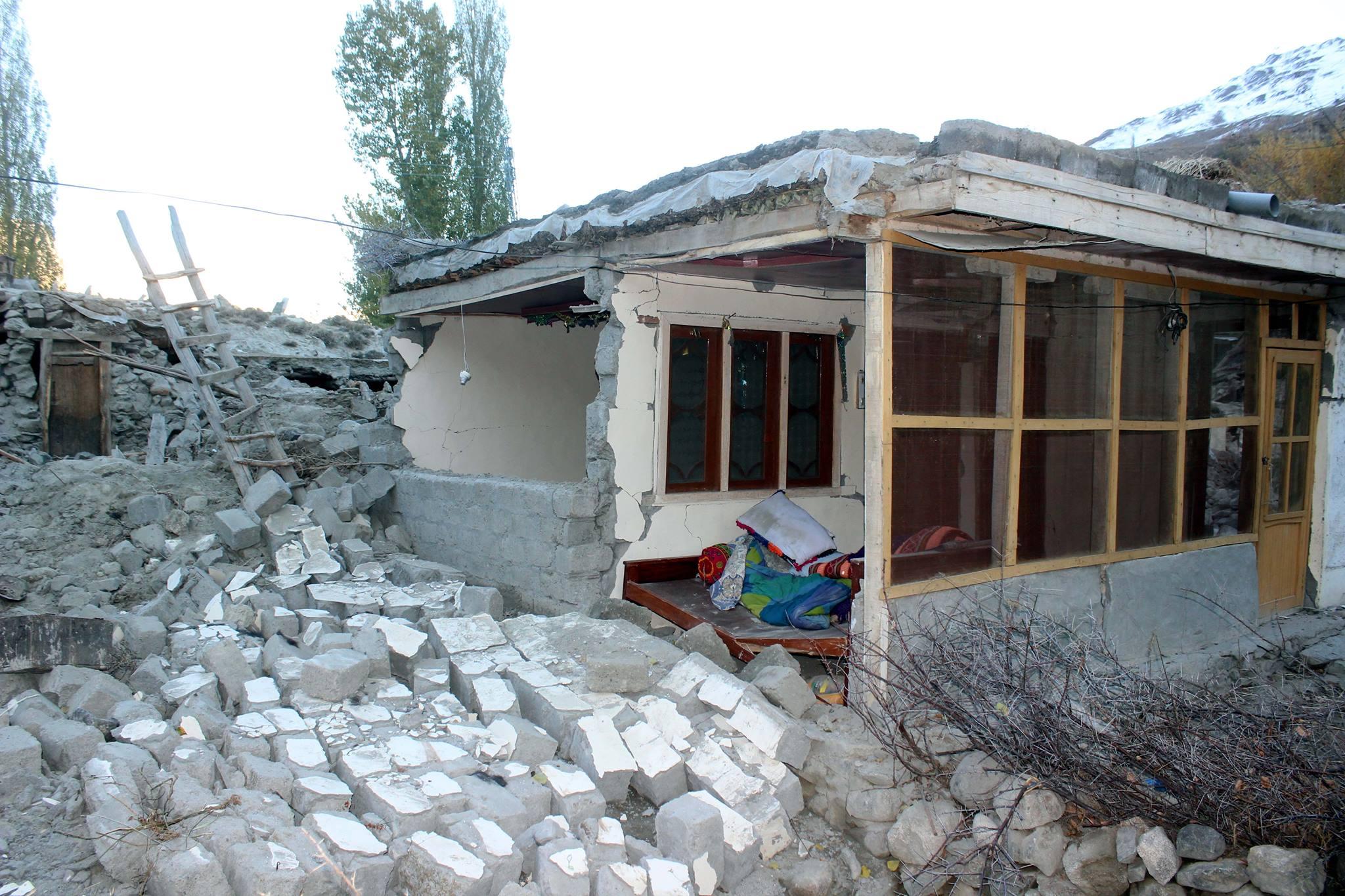 پھنڈر میں 361 گھر مکمل تباہ ہوگئے ہیں، جبکہ 807 کو جزوی نقصان پہنچا ہے، سروے رپورٹ