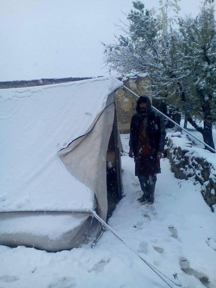 چترال، امداد کے نام پر متاثرینِ زلزلہ کی تذلیل کاسلسلہ جاری ہے