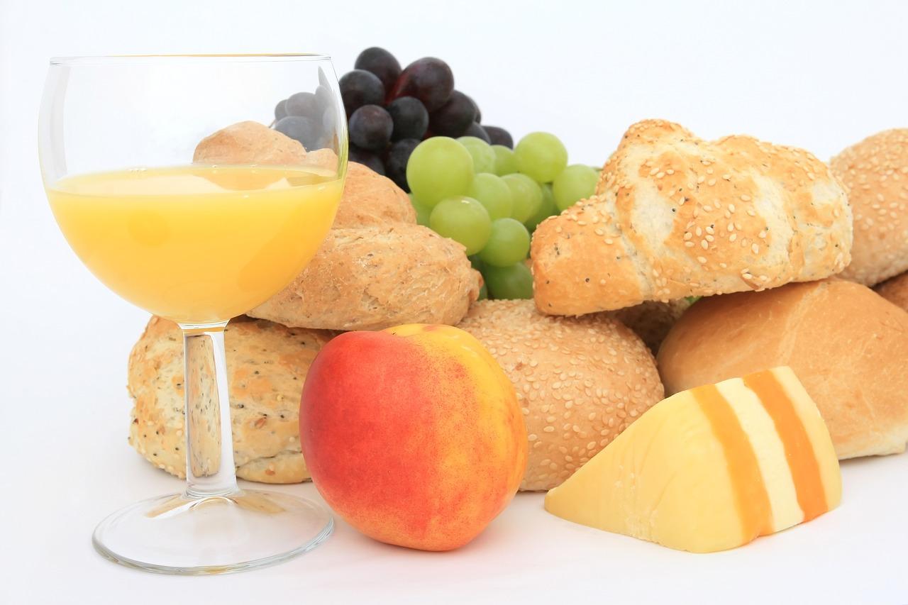 سکول میں اچھی کارکردگی چاہتے ہیں تو انہیں اچھا ناشتہ کروائیں