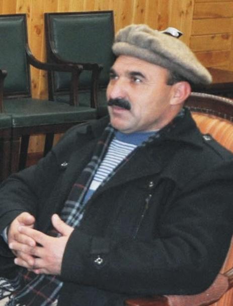 یاسین : محکمہ صحت غذر اور ڈسٹرکٹ ہیڈ کوارٹر اسپتال گاہکوچ بهرتیوں میں پیسہ ملوث ہے۔ صوبائی وزیر سیاحت فدا خان فدا