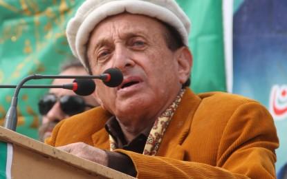 گورنر نے گلگت بلتستان میں غیر قانونی گاڑیوں کی روک تھام کے قانون پر دستخط کردیئے