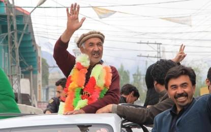 عوام نے خود ساختہ ہڑتال کو ناکام بنا دیا، سینئر وزیر حاجی محمد اکبر تابان