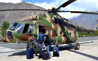 پاک فوج کے ہیلی کاپٹرز میں 65 سیاح اور مریض ہنزہ سے گلگت منتقل