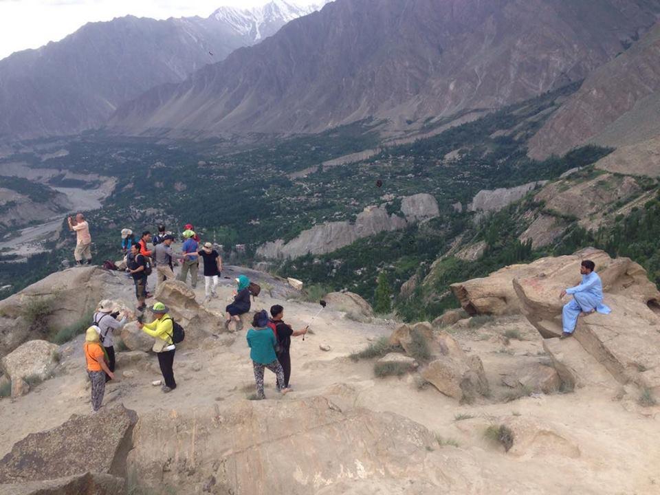 وادی ہنزہ پاکستان کا خوبصورت سیاحتی مقام مگر سیاسی طور پر یتیم