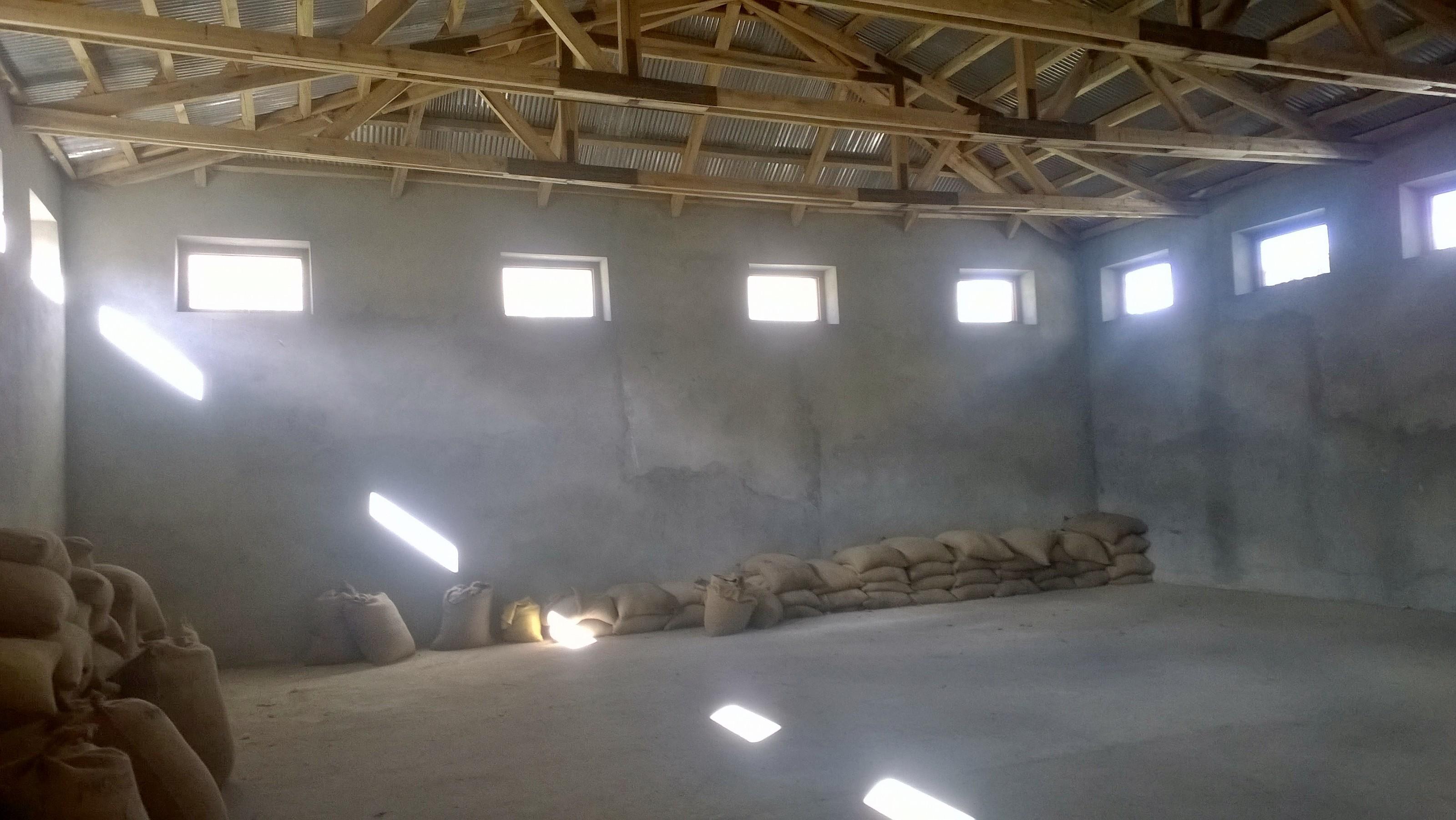 ضلع ہنزہ کے بالائی علاقہ چپورسن گوجال میں گندم کے ڈپو خالی ہو گئے،