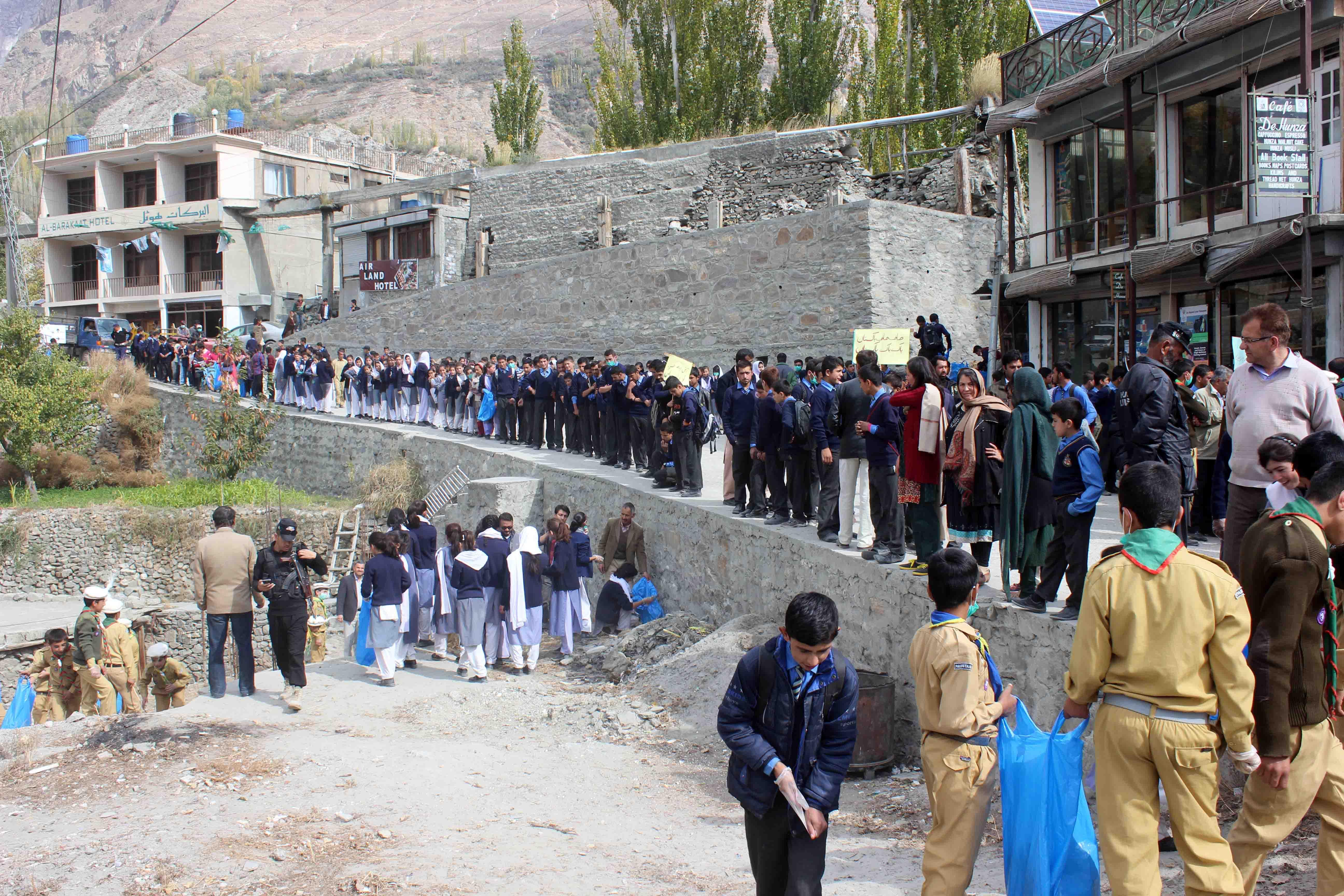 علی آباد اور کریم آباد ہنزہ میں صفائی مہم کا انعقاد، فعال میونسپل نظام رائج کرنے کی ضرورت پر زور دیا گیا