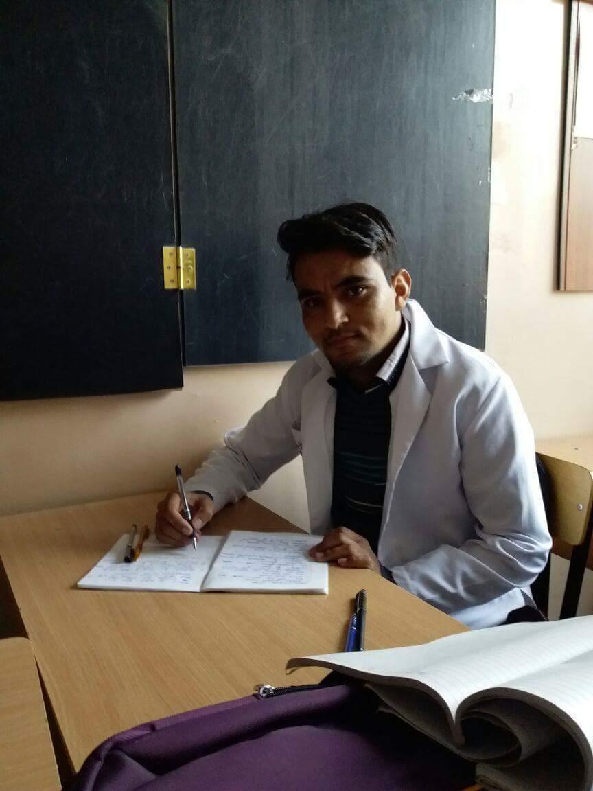 شگر کا ہونہار طالبعلم روس میں میڈیکل کی تعلیم حاصل کرے گا، سکالرشپ مل گئی