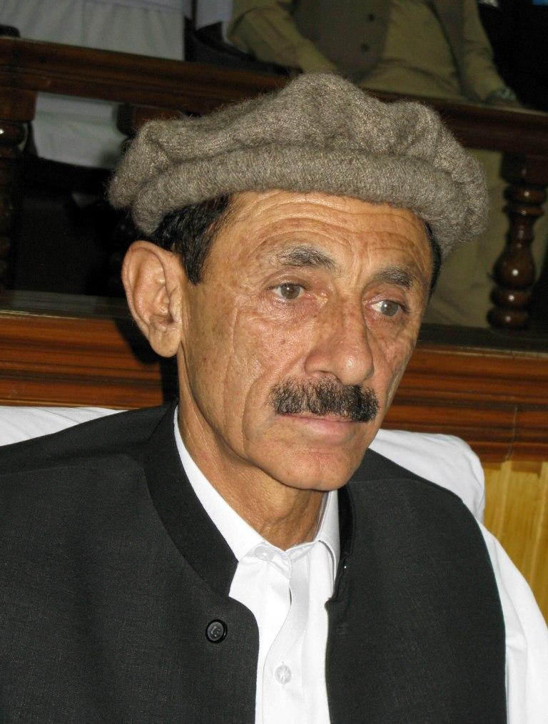 محکمہ تعمیرات غذر کے تمام ٹینڈرز کومنسوخ کر کے دوبارہ جاری کیا جائے، راجہ جہانزیب کا مطالبہ