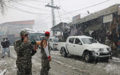 چترال: شدید موسمی صورتحال سے نمٹنے کے لئے چترال سکاؤٹس کی طرف سے ہنگامی اقدامات
