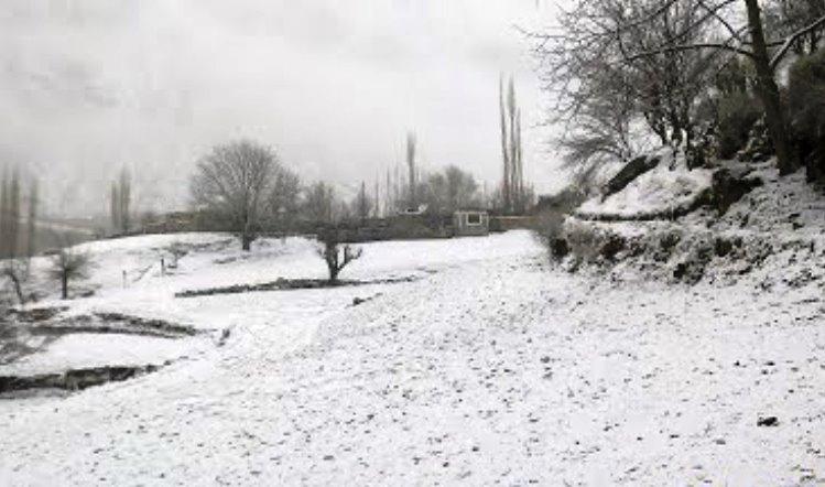 یاسین: درکوت کے200 گھرانےپانچ فٹ برف پڑنے سے محصور