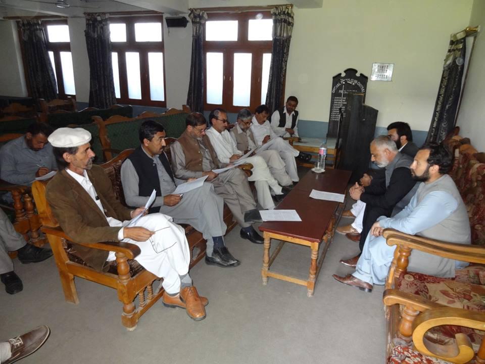 شاہی مسجد واقعے میں خطیب مسجد مولانا خلیق الزمان کا کردار قابل فخر ہے، رہنماوں کا پریس کانفرنس سے خطاب
