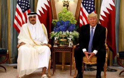 قطر: بلی تھیلے سے باہر آگئی