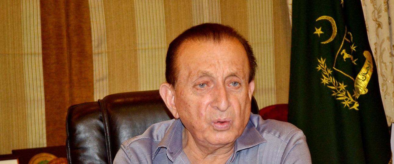 عطا آباد جھیل پر 4 میگاواٹ بجلی گھر کی تعمیر کا منصوبہ خوش آئند ہے، سابق گورنر میر غضنفر