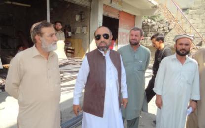 نیا معائدہ طے پا گیا، شاہی مسجد چترال سے متصل دکانوں کے مالکان چار سو کی بجائے 33ہزار روپے کرایہ دیں گے