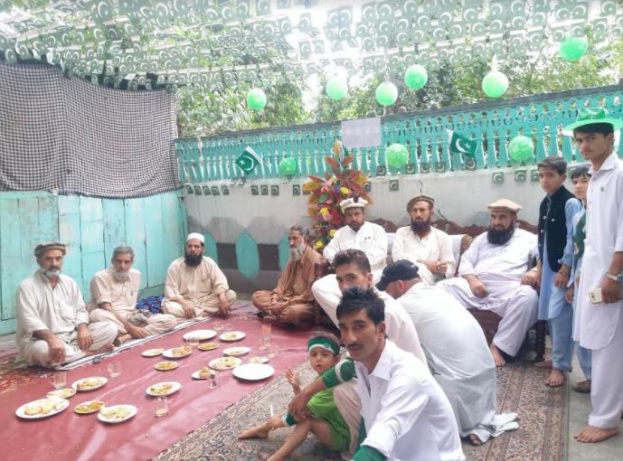 چلاس: شہری نے جشنِ آزادی منانے کے لئے گھر کو ہی تقریب گاہ میں بدل دیا
