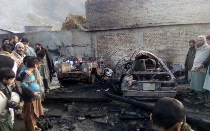 چترال: دروش میں آگ لگنے سے 53 دکانیں، تین گاڑیاں، دو موٹر سائکل اور کروڑوں کا سامان جل کر خاکستر