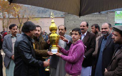 کوہستان میں سالانہ سپورٹس گالا اپنے اختتام کو پہنچ گیا، کھیلوں کے مقابلوں میں ہائی سکول داسو پہلے جبکہ ہائی سکول سیو دوسرے نمبر پہ آگئے