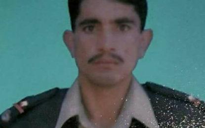 باجوڑ ایجنسی میں دہشتگردوں کی فائرنگ سے شہید ہونے والا نائب صوبیدار ہمایوں شاہ جنڈروٹ میں سپرد خاک