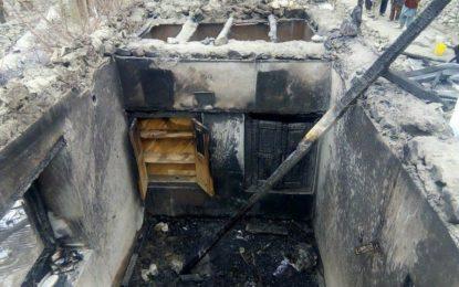 بالائی چترال میں آتشزدگی سے رہائشی مکان خاکستر، 20 لاکھ کا نقصان ہوگیا، مالک