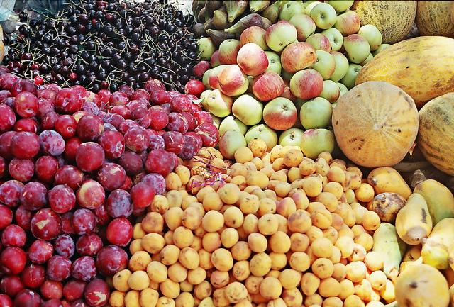 سبزی اور پھل فروشوں نے ماہِصیام کی آمد کے ساتھ ہی غذر میں عوام کی کھال اتارنا شروع کردیا