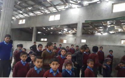 روندو کے دس سے زائد اساتذہ سکردو میں ہیں، جبکہ مقامی دسکول ویران پڑے ہیں، روندو یوتھ فورم