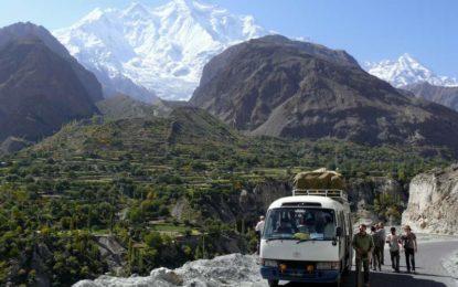 ضلع نگر میںہزاروںسیاحوں نے ڈیرے ڈال دیے، درجنوںنئے ہوٹلز اور گیسٹ ہاوسز کُھل گئے