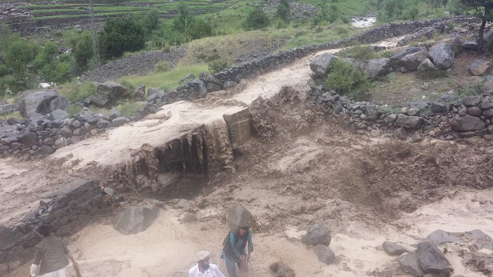 داریل میں بارشوںنے تباہی مچا دی، عوام امداد کے منتظر