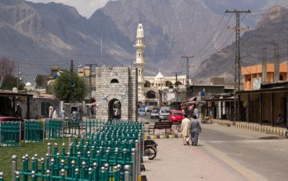 گلگت تا یاسین گاڑیاںچلانے والے ٹرانسپورٹرز کے اڈے بنیادی سولیات سے محروم