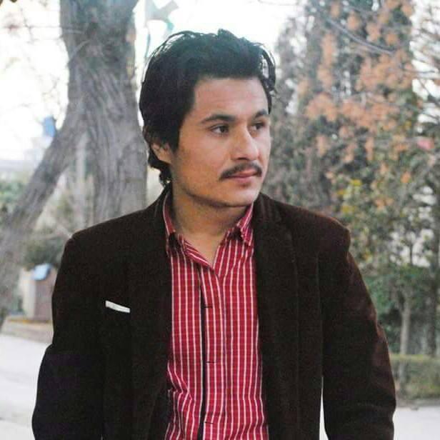 بروشسکی شاعری اور آصف علی آشرف